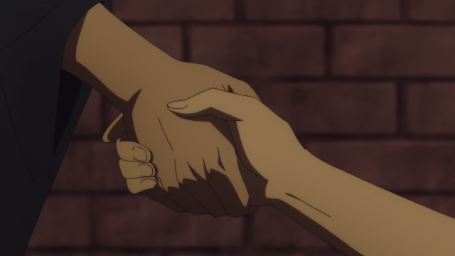 Shouwa Genroku Rakugo Shinju anime Episode 8 - Yakumo (Kikuhiko/Bon) and Sukeroku (Shin) clasp hands