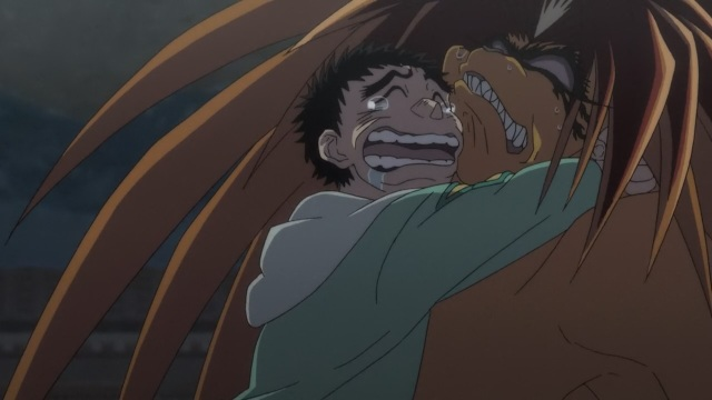 Ushio to Tora anime episode 27 - Crying Aotsuki Ushio hugs Tora